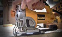 Přímočará pila DeWALT DW331K-QS - 701W, 135mm, 2.8kg, v kufru