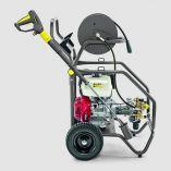 Motorový vysokotlaký čistič Kärcher HD 9/23 De bez ohřevu vody - 7.4/10kW/PS, motor L100N/Diesel, 400-930l/h, 870x725x1170mm, 108kg (1.187-907.0)