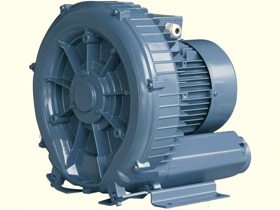 Vzduchovač do bzénů HANSCRAFT HURRICANE 750 - 2.4m3/min, 0.75kW, 140/160mbar, 63dB(A), 16.5kg (304530)