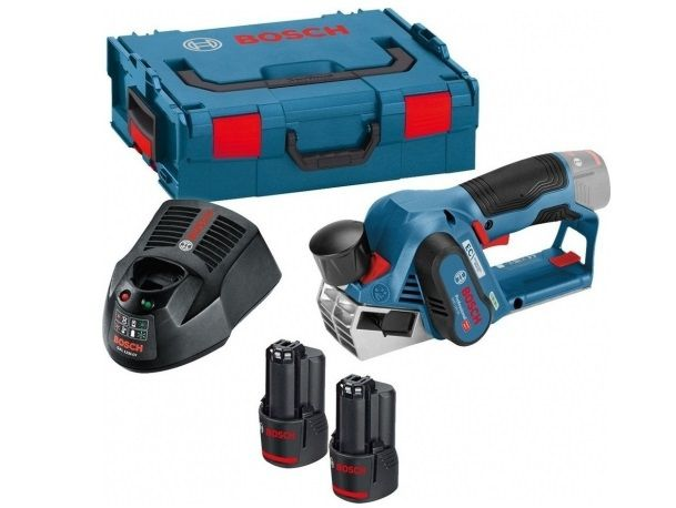 Bosch GHO 12V-20 Professional Bezuhlíkový aku hoblík - 2x aku 12V/3.0Ah, 56mm, 1.5kg, v kufru (06015A7001) Bosch PROFI