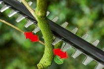 Aku nůžky s dlouhým dosahem na živý plot Bosch UniversalHedgePole 18 - 18V, 3.6g, bez akumulátoru a nabíječky (06008B3001) Bosch HOBBY
