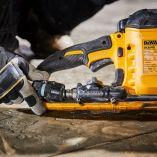 Bezuhlíková aku pila na beton - rozbrušovačka DeWalt DCS690N-XJ - 54V Flexvolt, 230mm, 6.4kg, bez akumulátoru a nabíječky