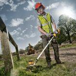 Bezuhlíková aku strunová sekačka na trávu DeWALT DCM561PB bez aku - 18V, 4.1kg (DCM561PB-QW)