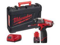 Milwaukee M12 CIW38-202C - 2x 12V/2.0Ah, 158Nm, aku rázový utahovák s přesným kroutícím momentem